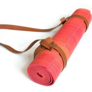 yogamat rood strap cognac