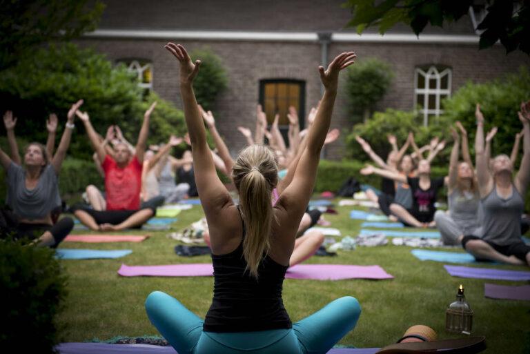 Yoga-Flow buitenlessen in Breda